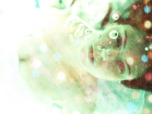 bubble-drowning-girl-lights-polka-dots-Favim.com-164983